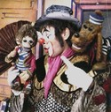 Toby und Tobias mit Clown Habakuk (Arminio Rothstein)
