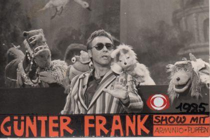 ORF Silvester Show 1985: Günther Frank und die Puppen des Theater Arlequin Wien. Foto: ORF