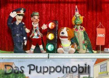 40. Geburtstag des Puppomobils. Die Ensemblemitglieder Insp. Pomeisl, Kasperl, Barry und Tintifax sind immer dabei. Foto: ARBÖ