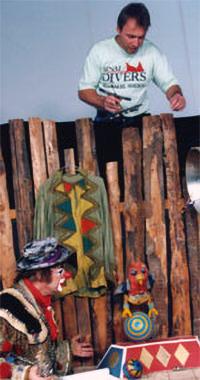 Alfred Schwarz spielt Papagei Jakob
