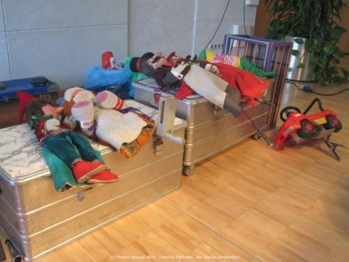 Die Puppen warten